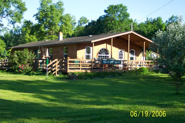 Harris Hill Resort Lodge on Lake of the Woods: Enjoy peace & quiet, bird watching & nature viewing