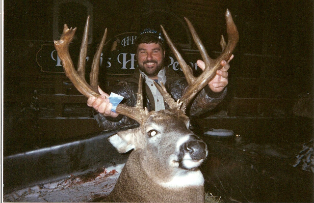 Boone & Crockett Buck 2006 Ontario Deer Hunt