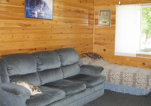 Lakeview Cabins on Lake of the Woods are modern & comfortable