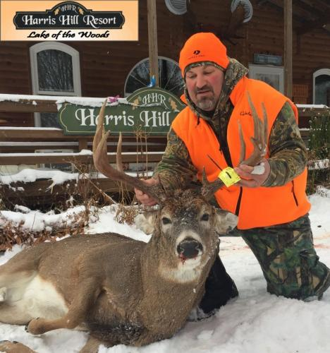 Rich I Ontario Whitetail Deer Hunt 2017